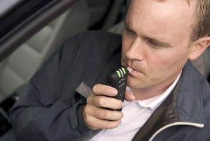USA: l'auto non parte senza alcool test