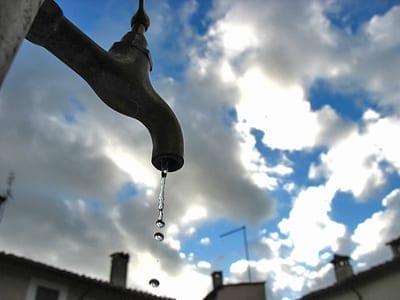 """L'ONU dichiara l'acqua """"diritto umano universale"""""""