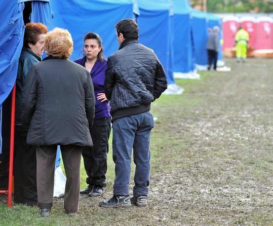 """Terremoto Emilia: 100 donne danno vita al marchio """"EmiliAmo"""""""