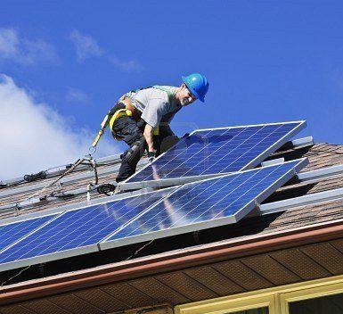 Fotovoltaico: incentivi solo a chi garantisce lo smaltimento a fine vita
