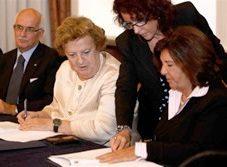 """Legalità: firmato il """"Patto per Napoli sicura"""""""