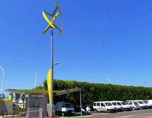 Auto elettriche: nuove colonnine di ricarica alimentate da turbine eoliche