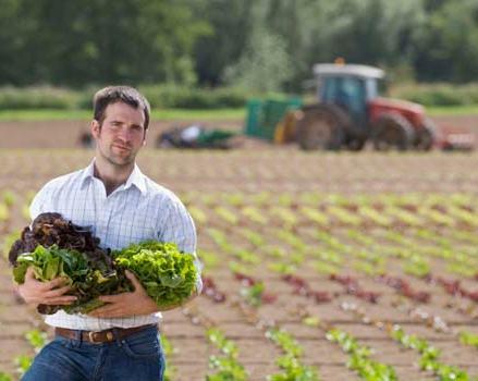 Giovani-agricoltori2