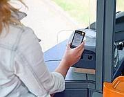 Londra: il biglietto di bus e metrò si paga con lo smartphone