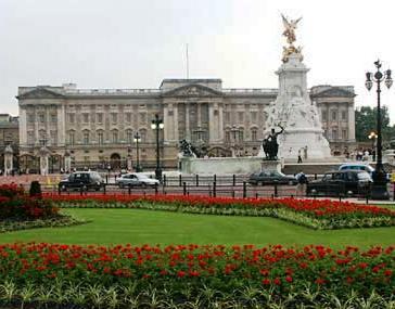 Gran Bretagna, nuova Legge di successione al trono: stessi diritti a maschi e femmine
