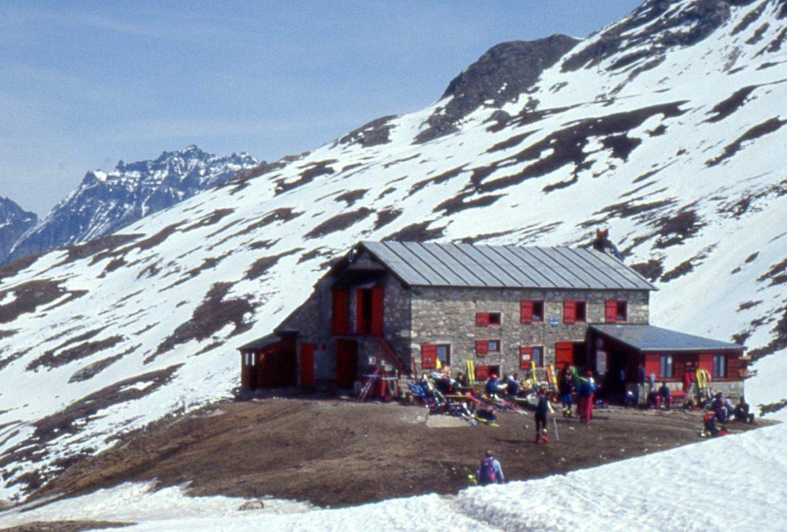 Rinnovabili: pannelli solari anche nei rifugi di montagna