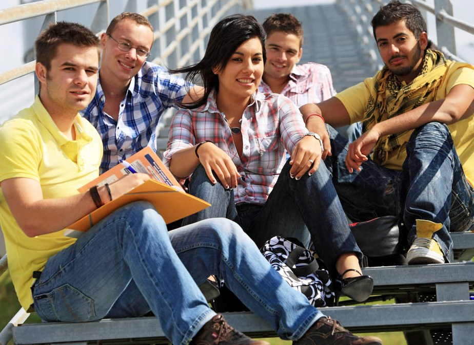 Young people | Jeunes
