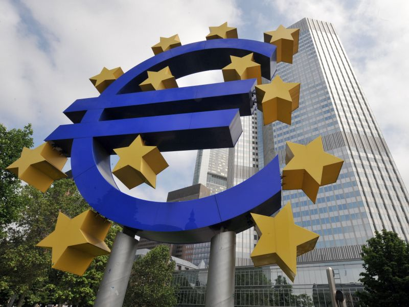 BCE assume centinaia di supervisori per l'Eurozona