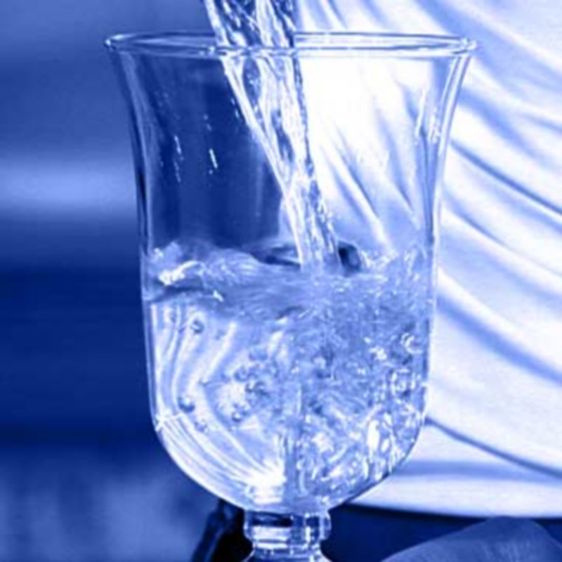 bicchiere d'acqua