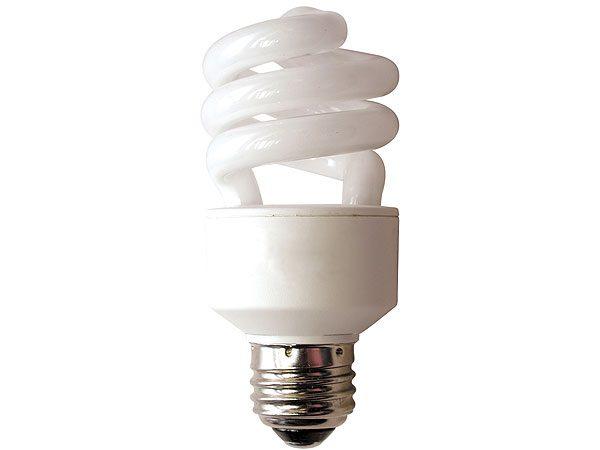 Lampadine a basso consumo aumentano quelle riciclate for Lampadine basso consumo led