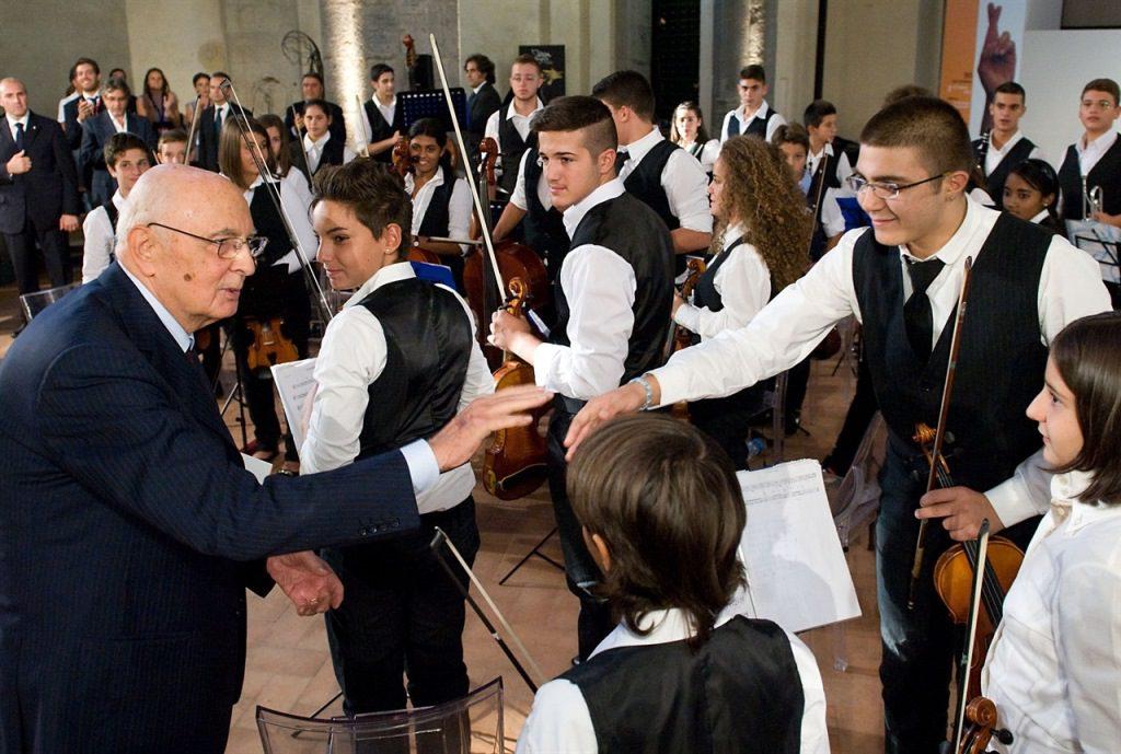 """""""Sanitansamble"""", dalla strada all'orchestra: i giovani cambiano musica"""