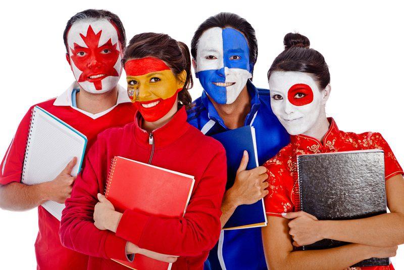 Studiare all'estero si può con i prestiti europei Erasmus Plus