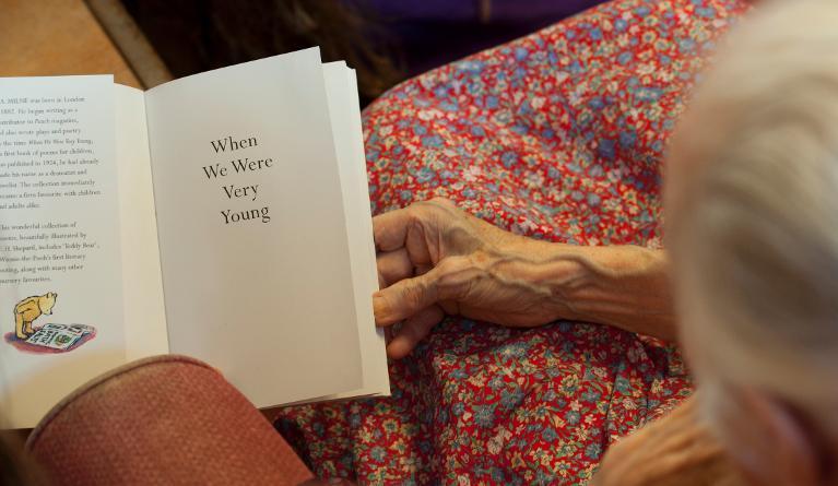 Alzheimer: la poesia può riaccendere i ricordi