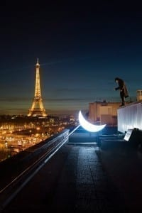 Leonid Tishkov_Private Moon in Paris_2010_mail