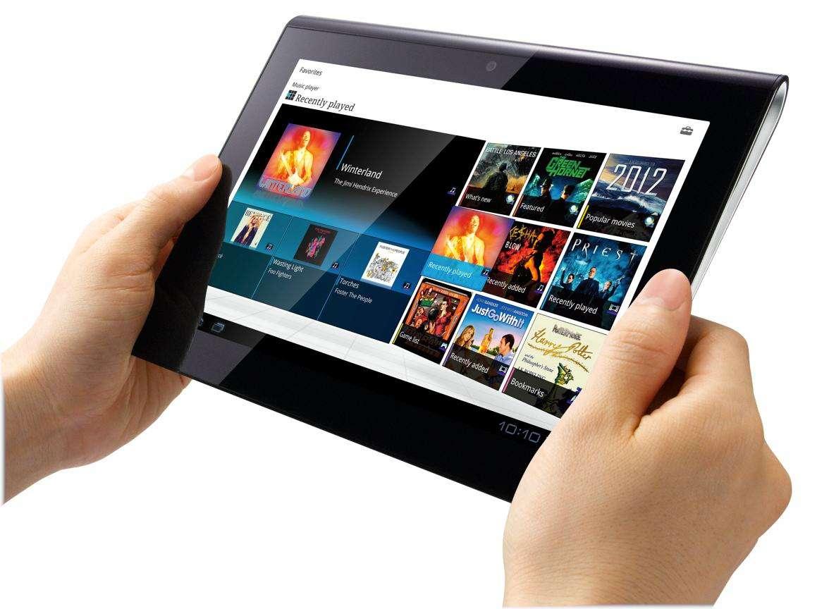 """Boom di vendita dei tablet: le """"tavolette"""" sono i pc del futuro"""