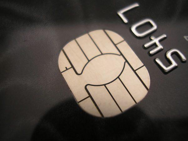 Carte di credito, boom per l'ecommerce