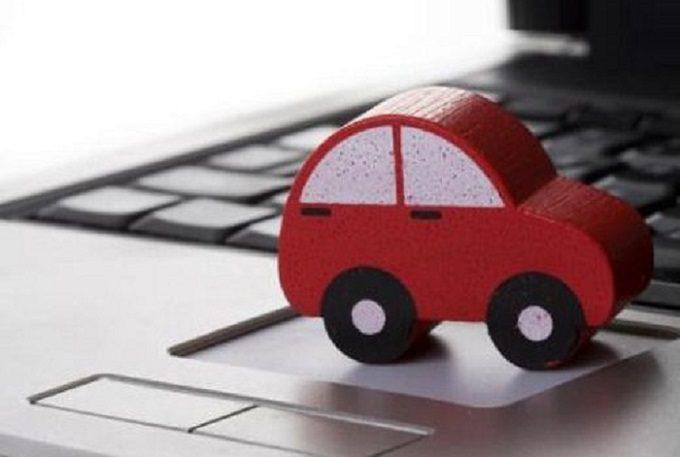 Assicurazioni auto on line, per i consumatori hanno tariffe meno care