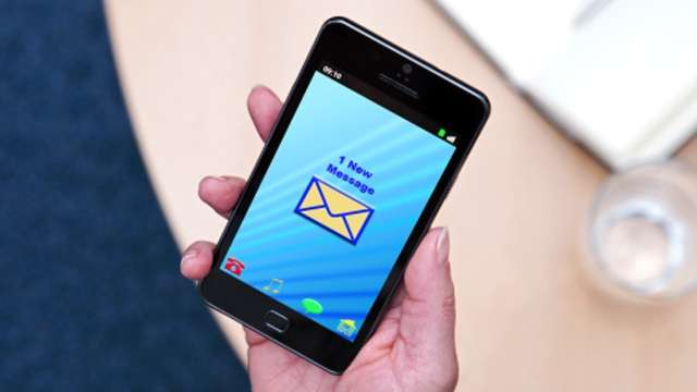 Smartphone e tablet salvi dalla tassa sull'equo compenso