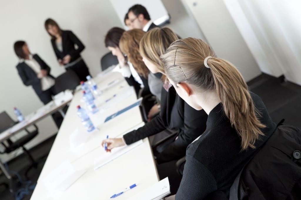 lavoro_colloquio_di_gruppo_riunione_impiegati