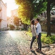 Romantiche, appartate, strette quanto basta: sono le Vie del Bacio