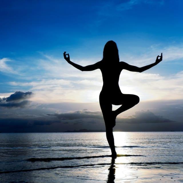 Yoga: 10 buoni motivi per praticarlo