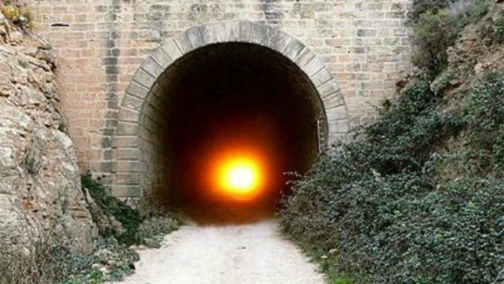 Spagna, il Tunnel del Sole è pronto per la magia dell'Equinozio