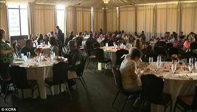 Annullano il matrimonio all'ultimo: al pranzo di nozze invitano i poveri della città