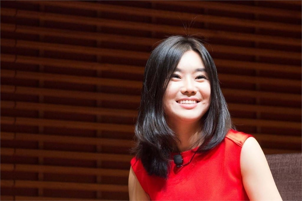 Lee Hyeonseo - Corea