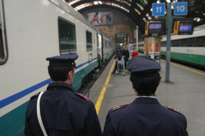 treno_polizia_inf.JPG