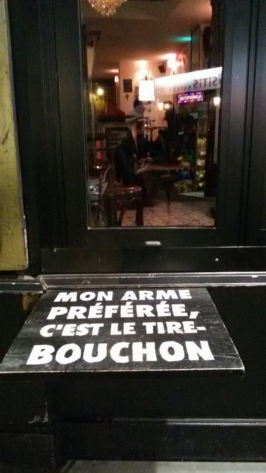 Parigi è ancora affacciata sulla strada della vita