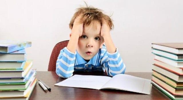 I compiti a casa? Inutili, dannosi, discriminanti e malsani…