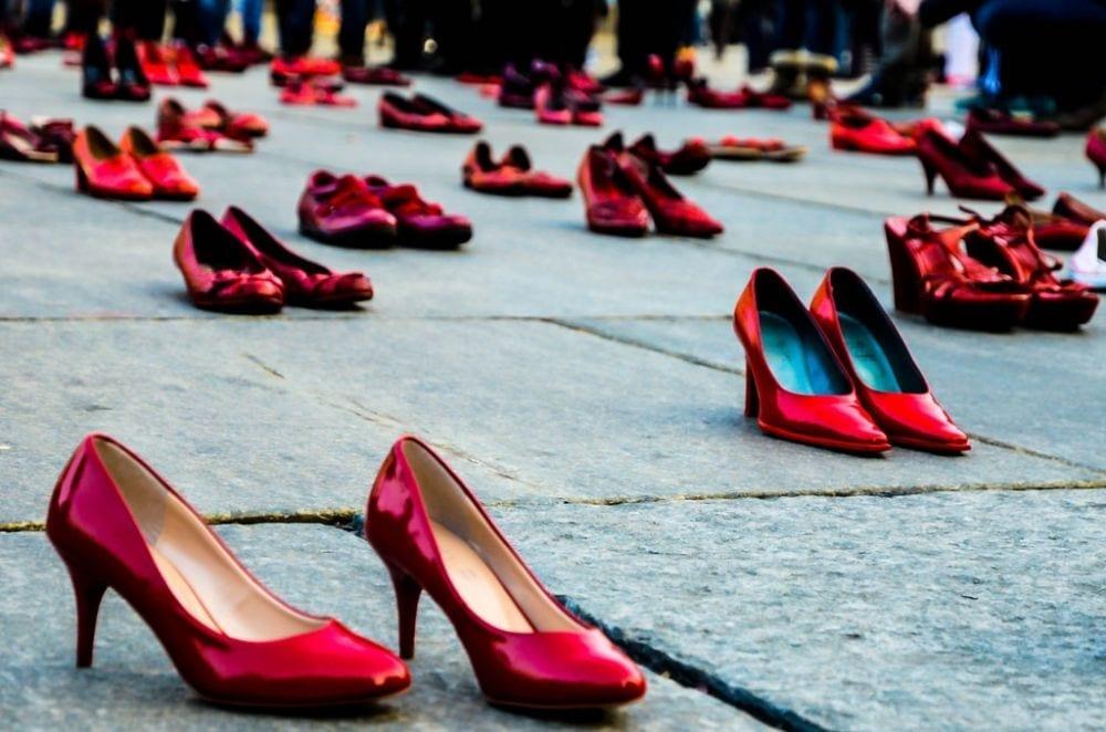 Perché le donne amano tanto le scarpe? 5 cose che (forse) non sapete