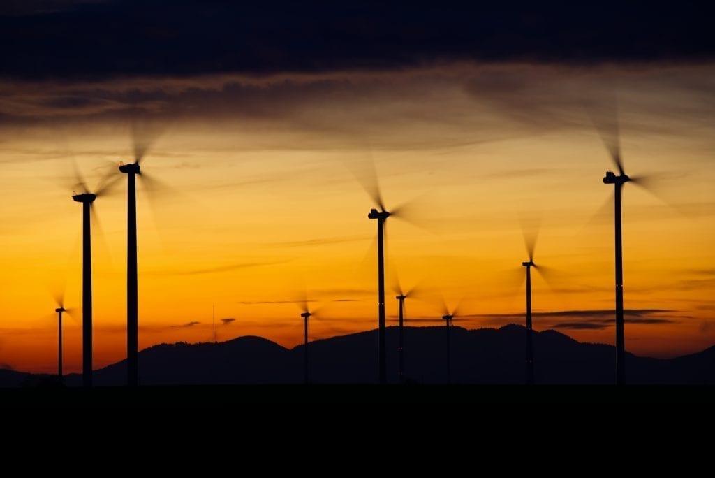 sorpasso delle energie rinnovabili sulle fossili